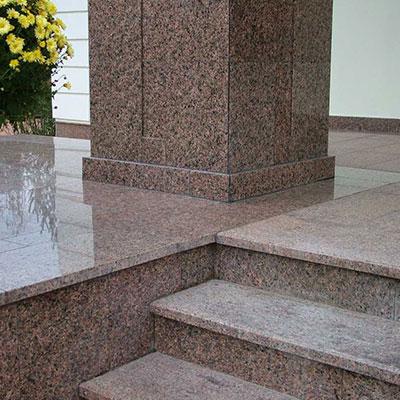Использование гранитного камня для лестниц